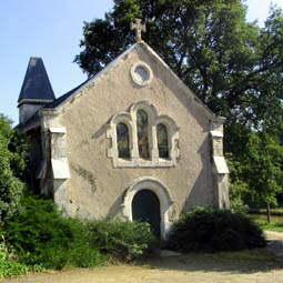 Chapelle N D de la Valée La Haie Traversaine