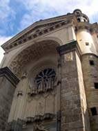 Le portail de l'église St Vénérand
