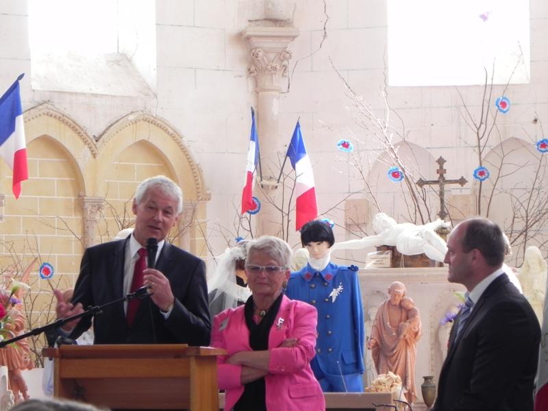St Julien des Eglantiers 01