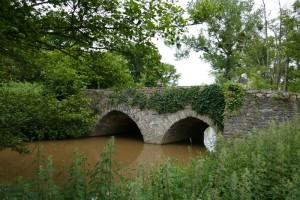 Bourgon, pont Troton