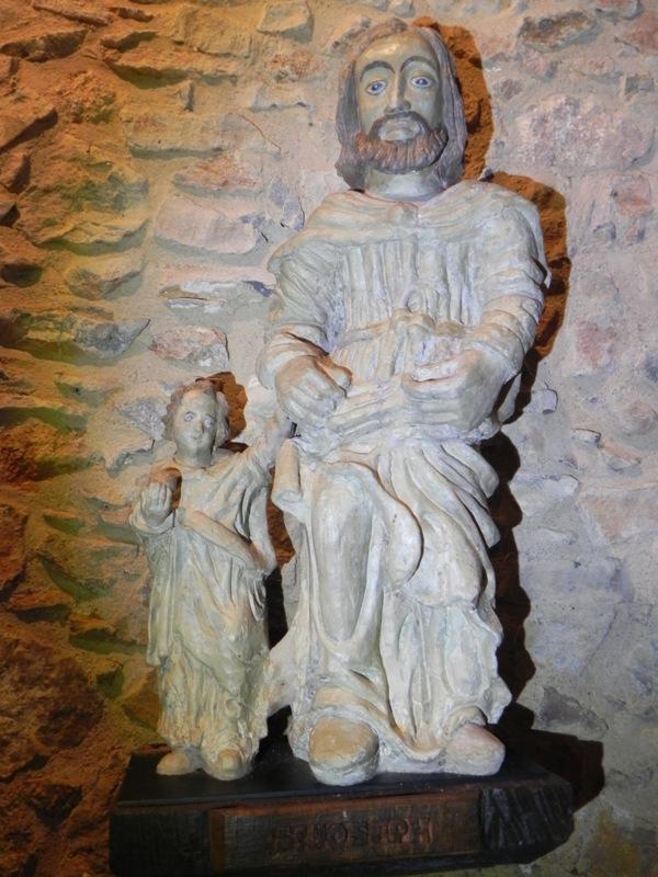 Saulges,  St Pierre, St Joseph ou Christophe